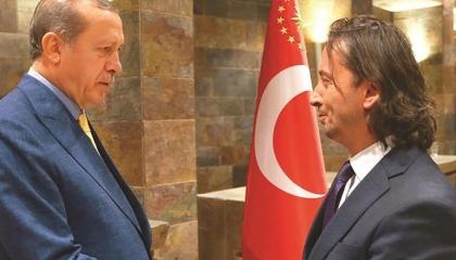 رئيس تحرير موالٍ للنظام التركي: أردوغان هو «محمد الفاتح» في هذا العصر