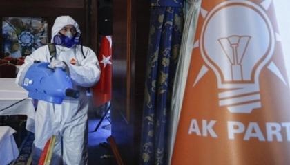 إصابات كورونا تتخطى الــ300 ألف في تركيا.. والوفيات تواصل أرقامها القياسية