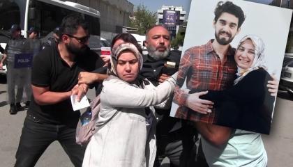 صرخات أم في سجون أردوغان: استمروا في الحديث عن الطلاب العسكريين المعتقلين