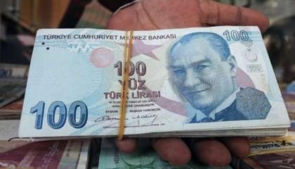 بعد انهيار العملة.. ارتفاع قروض الأتراك 11 % بإجمالي 700 مليار ليرة