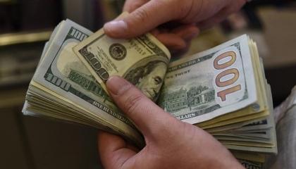 تحت تأثير ضخ الأموال القطرية.. تراجع طفيف في سعر صرف العملة التركية