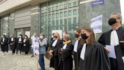 المحامون في بلجيكا يضربون عن الطعام تضامنًا مع المعتقلين بسجون أردوغان