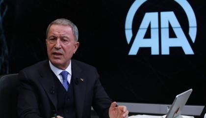 بالفيديو.. وزير دفاع أردوغان يخاطب الداخل التركي: مصر واليونان تريدان الحرب