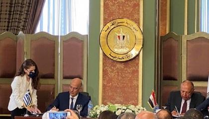 البرلمان اليوناني يصدق على اتفاقيتي ترسيم الحدود البحرية مع مصر وإيطاليا