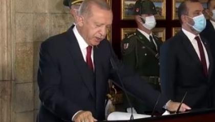 أردوغان في عيد النصر: لن نستسلم للغة التهديدات وسنواصل نضالنا في المتوسط