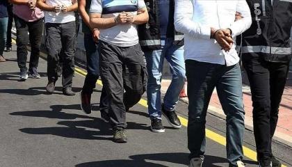 القبض على 59 عسكريًّا في 30 محافظة تركية بتهم الانضمام لجولن