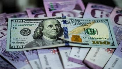 لأول مرة في تاريخ تركيا.. الدولار يسجل 7.46 ليرة في بداية تعاملات الاثنين