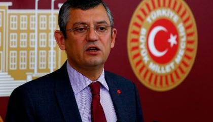 تأجيل احترازات كورونا بسبب نشاط حزب أردوغان ونائب معارض: إنها دولة الموز!