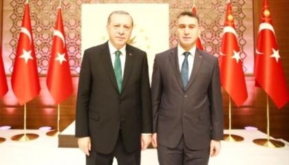 وثائق جديدة تكشف سبب منح أردوغان جائزة رفعية لأكاديمي تابع لتنظيم القاعدة