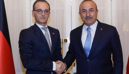 وزير الخارجية التركي من برلين: استقبلنا العام الماضي 200 ألف سائح ألماني