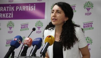 بالفيديو.. حزب تركي: تجاوزات حكومة أردوغان لا تحدث حتى في جمهوريات الموز