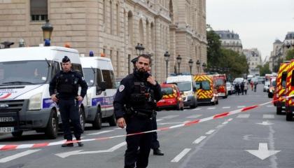 3 قتلى في هجوم بسكين بمدينة نيس الفرنسية