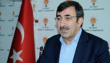 هل انتقلت عدوى «كورونا» إلى أردوغان بعد إصابة نائبه بالفيروس؟