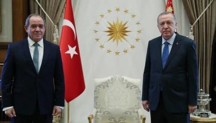 خلافات غير معلنة بين تركيا والجزائر.. صحيفة إسبانية تكشف عن الأزمة الصامتة