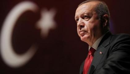 فيديوجراف| فضيحة.. أردوغان يتقاضى 125كيلو ذهب مقابل تهريب أموال إيرانية