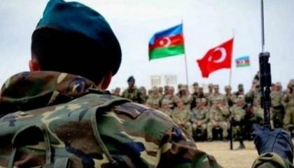 بالفيديو.. تركيا تستعرض قدرات أذربيجان العسكرية خلال مناوراتهما المشتركة