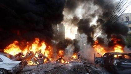 بالفيديو.. انفجار هائل بمخزن ذخيرة قرب مقر البعثة الأممية بطرابلس