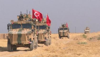 75 آلية تركية بمعدات عسكرية تدخل منطقة «بوتين – أردوغان» في إدلب