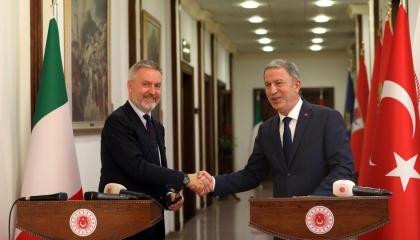 غدًا.. وزير دفاع أردوغان يلتقي نظيره الإيطالي في روما