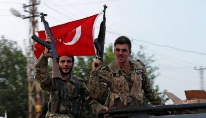 التاريخ يعيد نفسه.. بالفيديو: مرتزقة أردوغان يمثلون بجثث الأرمن في كاراباخ