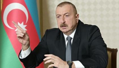 باكو تشرك أنقرة بمحادثات كاراباخ.. وتعترف بوجود مقاتلات تركية على أراضيها
