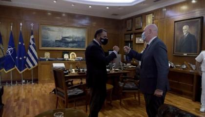 تزامنًا مع تهديدات أنقرة.. تعزيز الشراكة الدفاعية بين اليونان وأمريكا