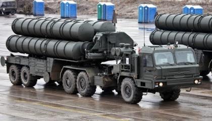 فيديوجراف.. كيف تحدت أنقرة واشنطن؟ صواريخ «إس 400» تدوي في البحر الأسود