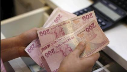 اقتصاد تركيا يصارع من أجل البقاء.. أنقرة تتجه لرفع سعر الفائدة إلى 12%