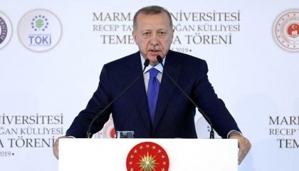 أردوغان يتهم ماكرون بـ«الجُبن»: مبادراته هدفها تصفية الحسابات مع المسلمين