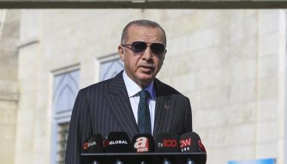 «الموت لأردوغان».. تتصدر شريط الأخبار في قناة موالية للرئيس التركي