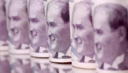 صحفي تركي يكشف: أردوغان يفتح أبواب تركيا أمام «غسيل الأموال» لإنقاذ اقتصاده