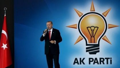 إقالة 22 رئيس بلدية منتخب في إسطنبول ينتمون للعدالة والتنمية