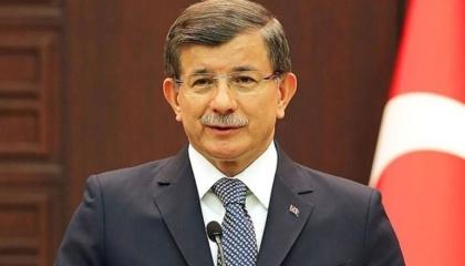 داود أوغلو ينتقد سخرية أردوغان من هموم المواطنين: تركيا لا تستحق ذلك