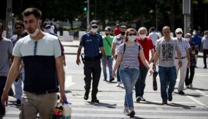 كورونا يحاصر تركيا.. 2209 إصابات جديدة و76 حالة وفاة في يوم واحد
