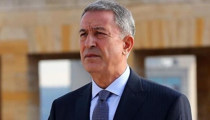 وزير الدفاع التركي: إساءة «شارلي إيبدو» لأردوغان فكاهة إرهابية