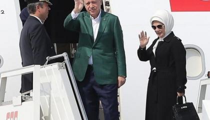 النظام التركي يحشد أبواقه للدفاع عن «حقيبة الهانم»: تقليد وليست أصلية!
