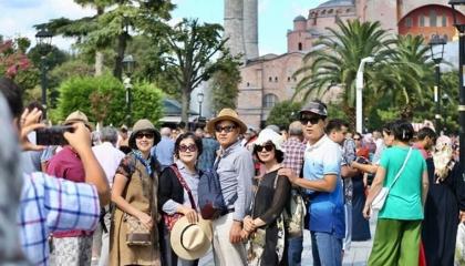 زلزال تركيا يضرب السياحة بـ«القاضية».. أول القطاعات تأثرًا بتسونامي إزمير