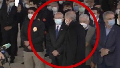 أردوغان يمتنع عن تحية زعيم المعارضة بسبب «حقيبة الهانم»