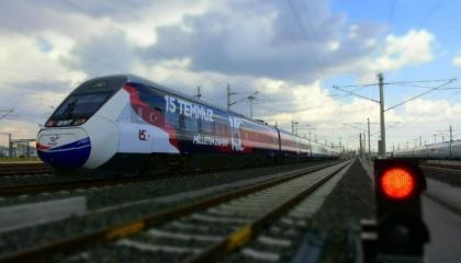 قطارات تركيا بدوامة الخسائر.. السكك الحديدية تفقد 11.7 مليار ليرة بـ5 أعوام