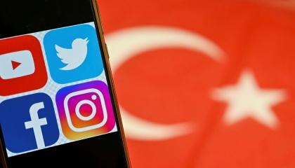 تركيا تفرض غرامة 10 ملايين ليرة على أكبر منصات التواصل الاجتماعي في العالم