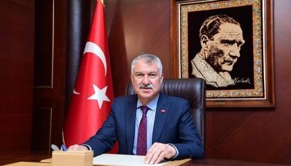 إصابة رئيس بلدية أضنة التركية بفيروس كورونا