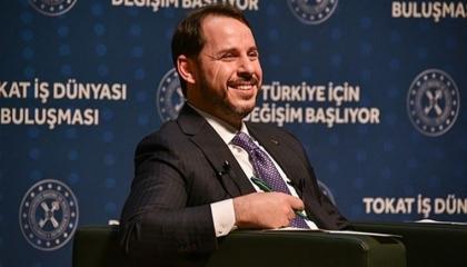 صهر أردوغان يزعم: يمكننا وقف صعود الدولار المستمر أمام الليرة «إذا أردنا»!