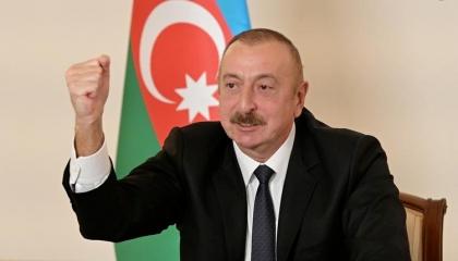 أذربيجان تحتفل بالسيطرة على ثاني أكبر مدن كاراباخ.. وأرمينيا تنفي