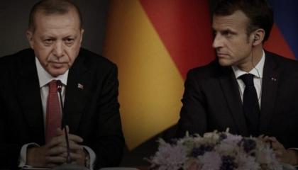 فرنسا تجدد تأكيدها على معاقبة تركيا: سلوكها غير مقبول وتهرب السلاح لأفريقيا