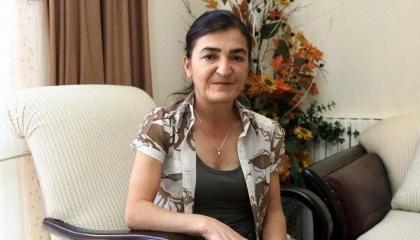 الإفراج عن مديرة أخبار تركية اتهمتها الحكومة بالكشف عن معلومات سرية