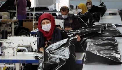 إصابة 10 آلاف عامل تركي بفيروس كورونا ووفاة 368 خلال 8 أشهر