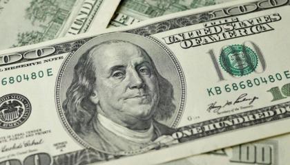 استقرار سعر الدولار في بداية تعاملات الأسبوع والذهب ينخفض بقيمة 6 ليرات