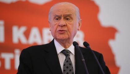 دولت بهتشلي يهاجم رئيس بلدية إسطنبول: جاهل ويسعي لتحقيق مصالح سياسية