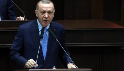 أردوغان يهاجم مستشاره المستقيل وزعيم الأكراد: الأول أساء لي والثاني إرهابي