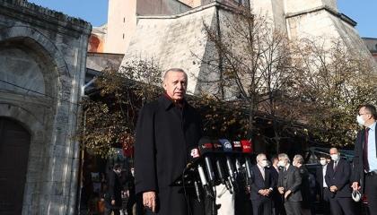 أردوغان يهدد ماكرون: «السترات الصفراء» ستصبح «حمراء» وفرنسا ستتخلص منك
